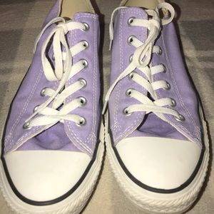 Purple all-star converse low top